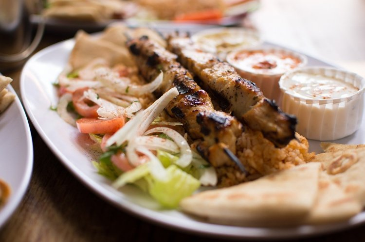 Souvlaki by Jcvelis on Pixabay