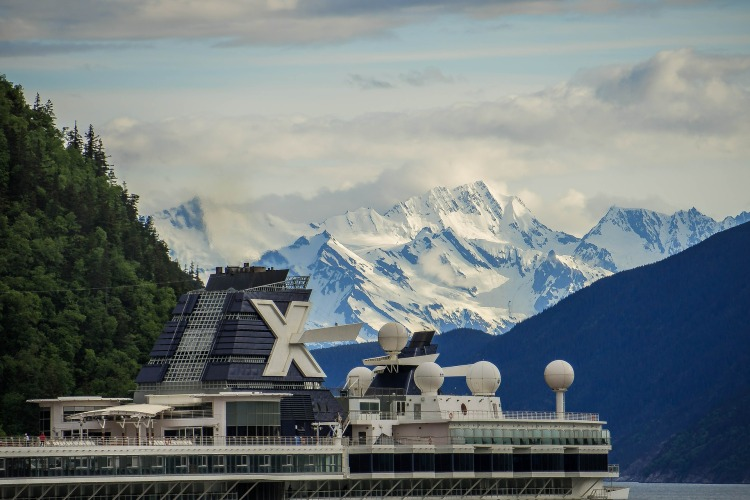 cruise to wake up in a new part of alaska each morning