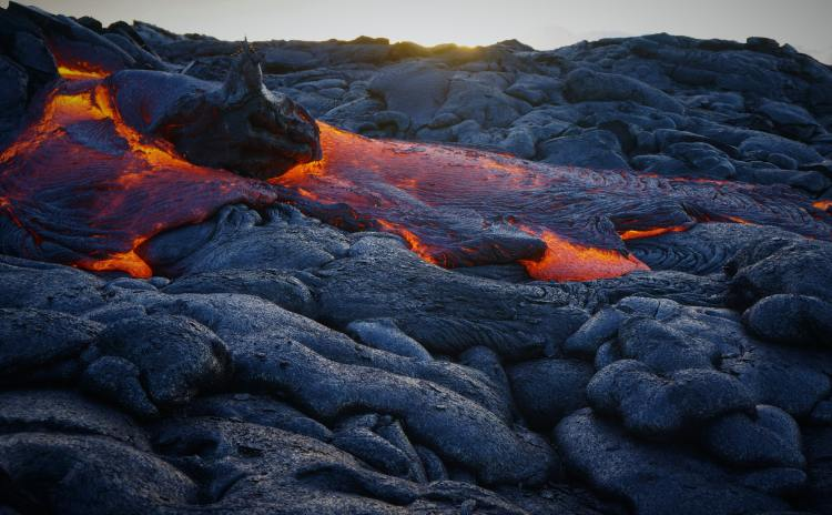 Hawaii Volcano by Jack Ebnet on Unsplash